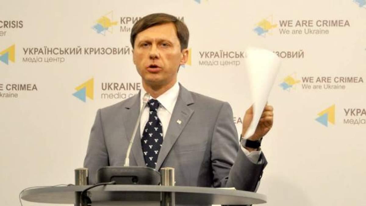"""На посаді міністра Шевченко встиг зробити """"бурштиновий"""" подарунок своєму """"патрону"""""""