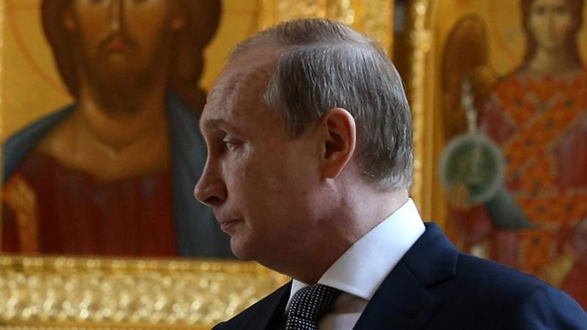 Путину остается доставать с политической преисподней пенсионеров, идиотов и коррупционных тварей