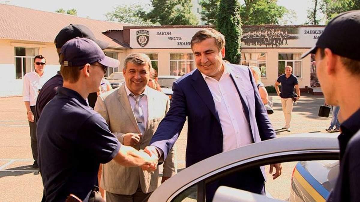 Міхеїл Саакашвілі з майбутніми поліцейськими