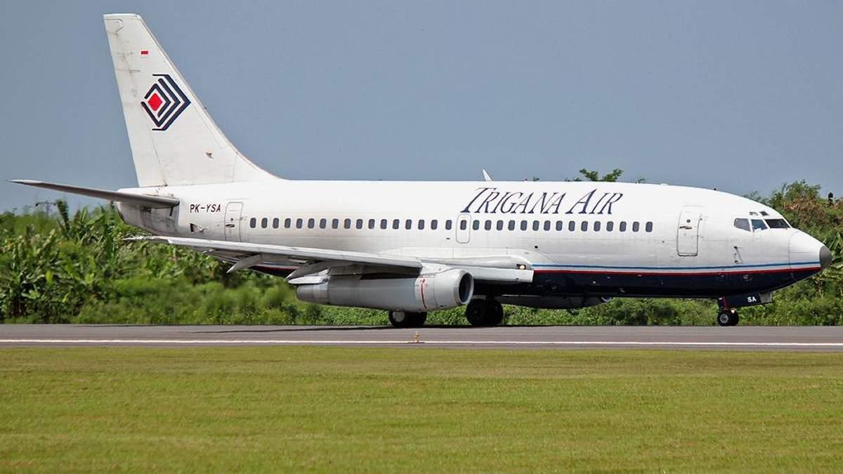 Ще один літак впав над Індонезією, пошуки уламків призупинили