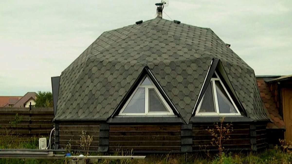 Украинец построил уникальный дом-купол