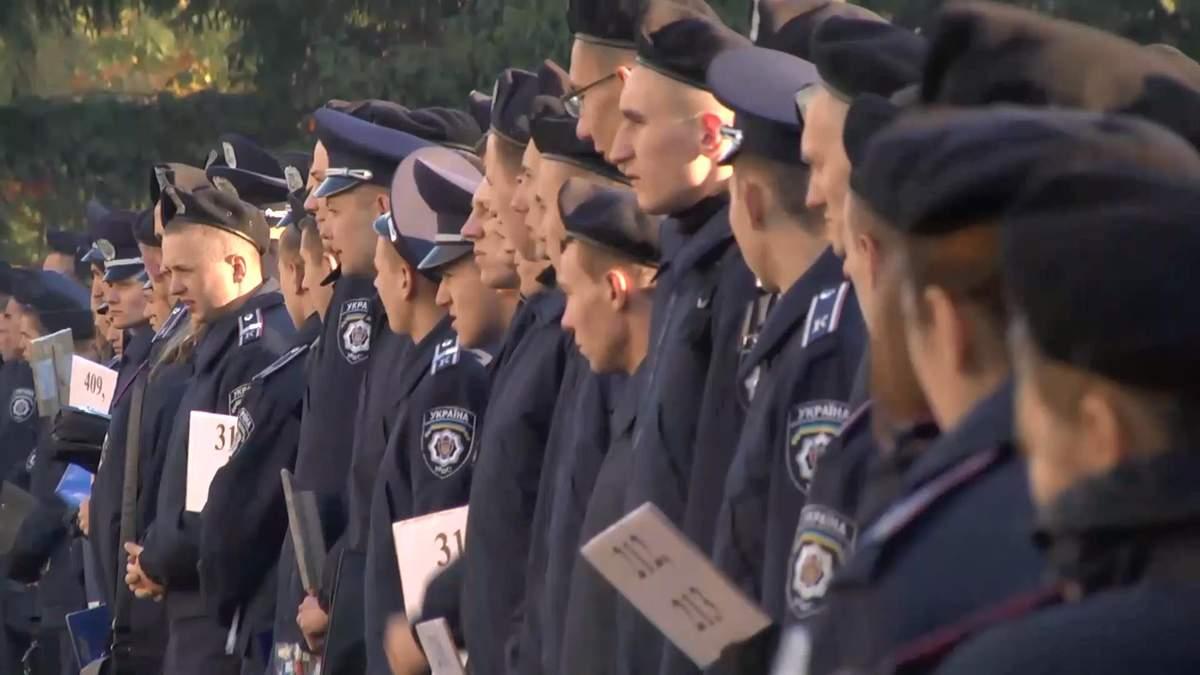 Киевских курсантов готовят к худшему на местных выборах