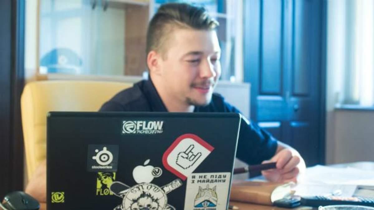 """Українські поліцейські більше не сидітимуть в """"Однокласниках"""" і """"Вконтакті"""""""