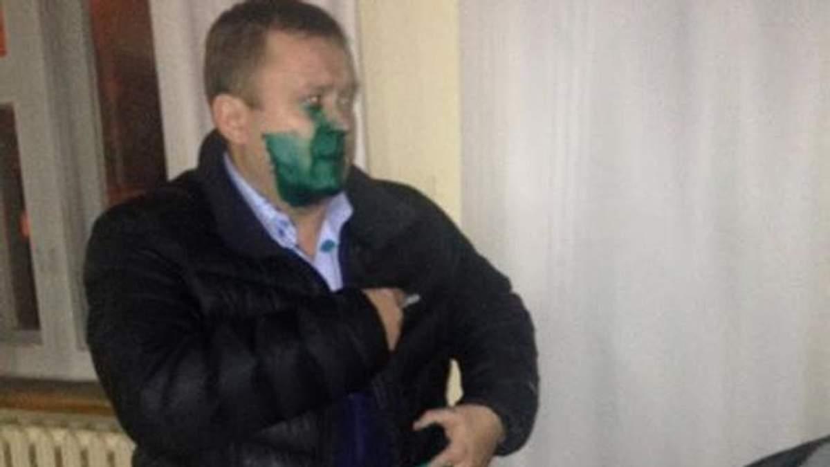 """Скандальний голова Криворізького виборчкому став """"зеленим чоловічком"""""""