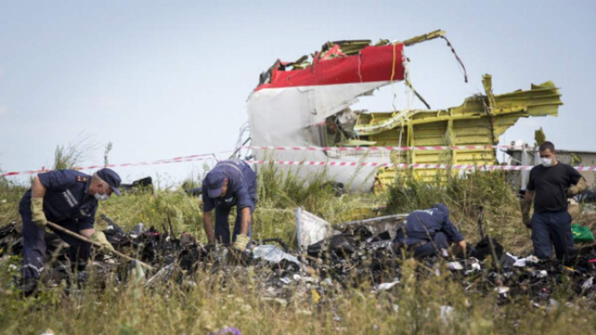 """В Bellingcat показали, как российский """"Бук"""" передвигался Донбассом в день крушения MH17"""
