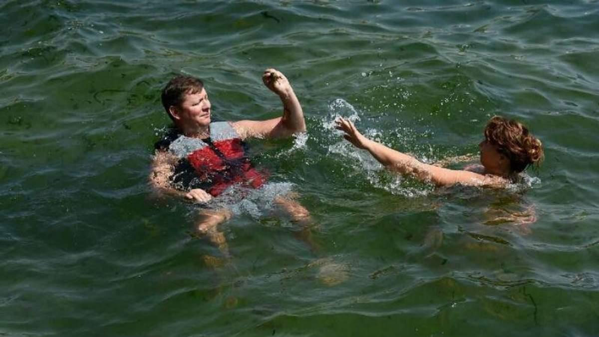 """Ляшка """"застукали"""" на морі під час відпочинку"""