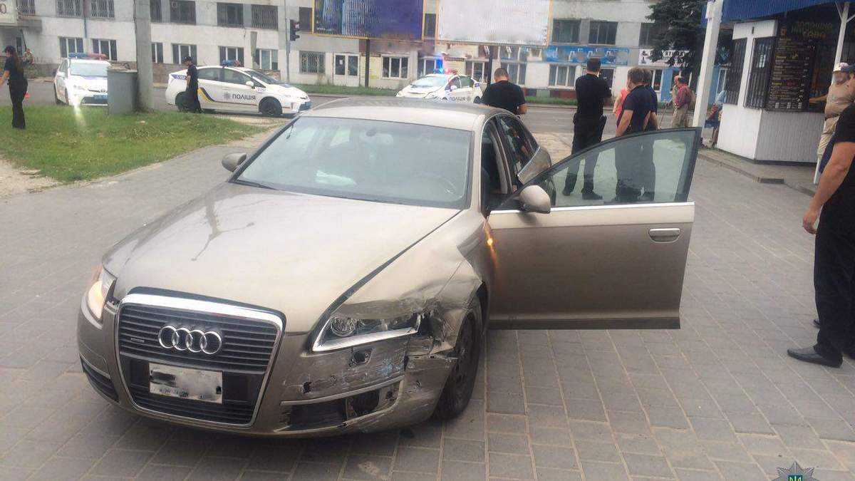 Трилер у Львові: п'яний водій врізався в патрульних, втікаючи від погоні