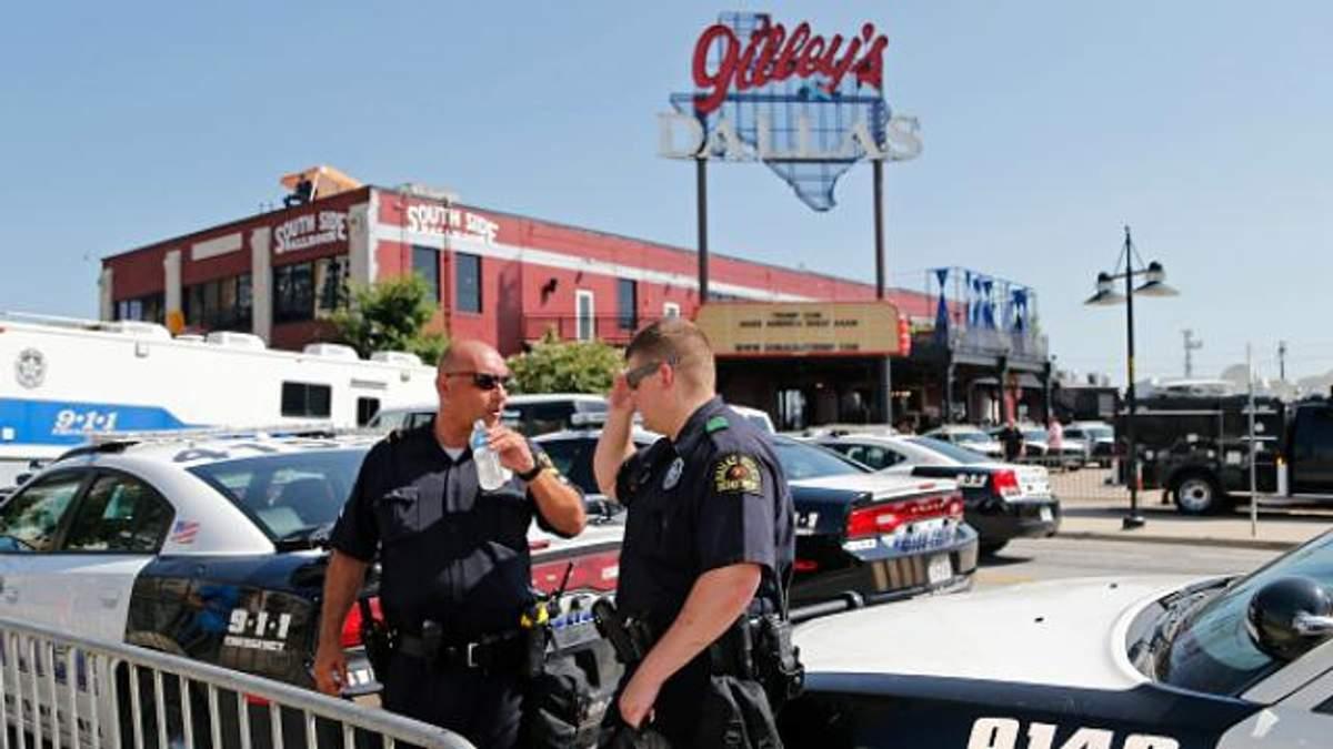 Криваві заворушення у Далласі: четверо поліцейських загинуло