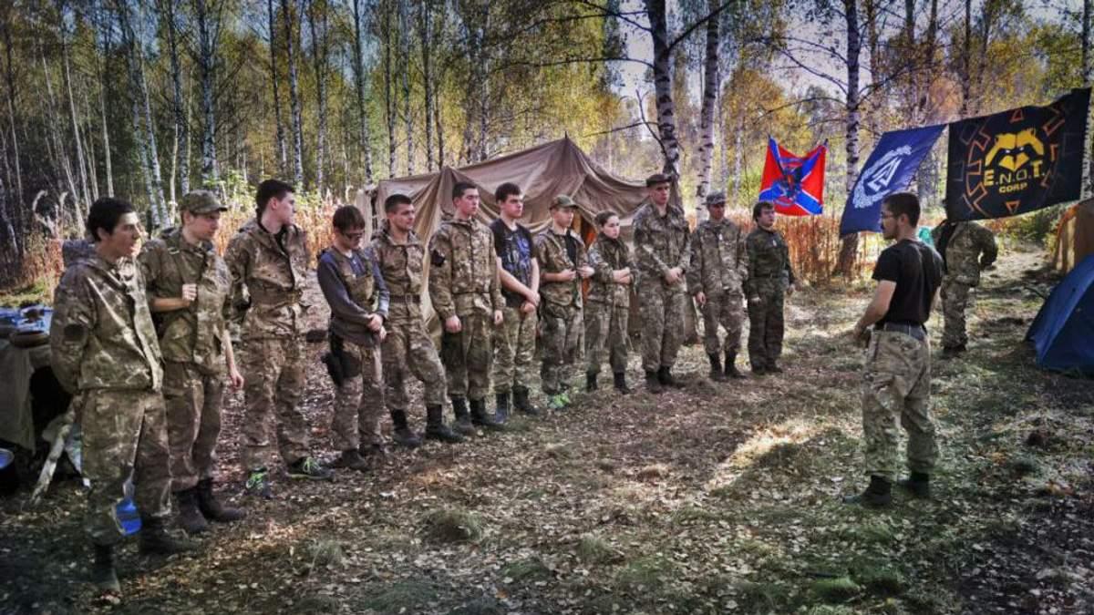 """У """"ДНР"""" молодь долучатимуть до війни через брак кадрів"""