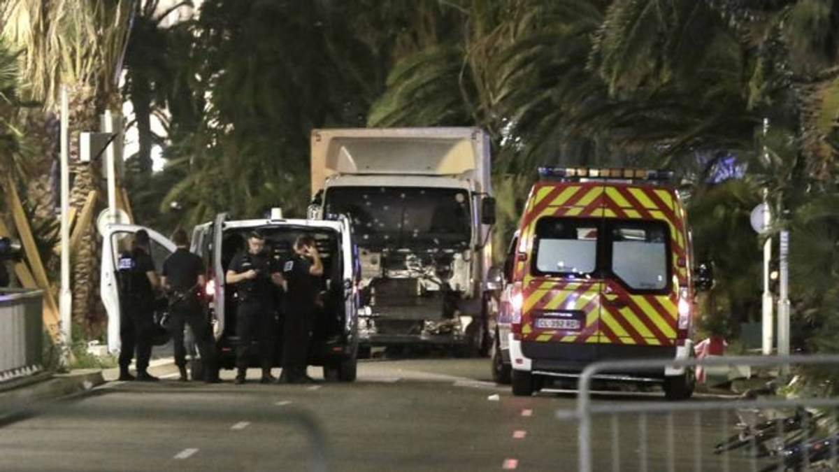 Поліція Франції знала особу водія вантажівки, який здійснив теракт у Ніцці