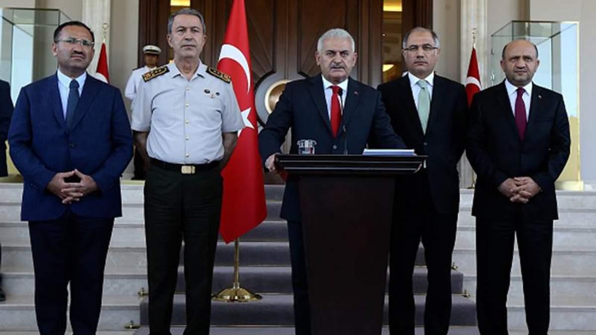 Переворот у Туреччині: Уряд повністю контролює країну