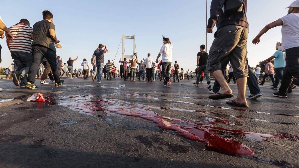 Переворот у Туреччині: шокуючі цифри щодо кількості жертв