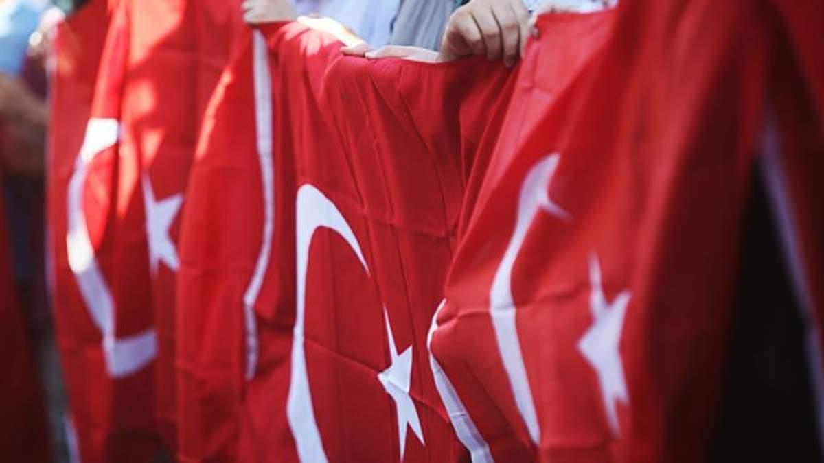 Власть Турции заявили о полном контроле над страной