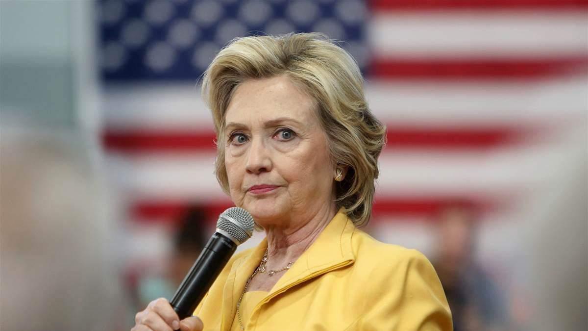 Трампу не можна довіряти ядерну зброю, – Клінтон
