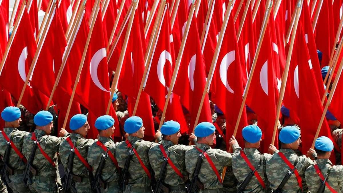 В Турции продолжаются репрессии