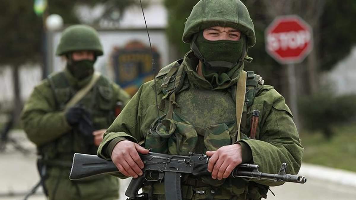 Бойові літаки та кораблі, – розвідка розповіла, як Росія стягує військову техніку у Крим
