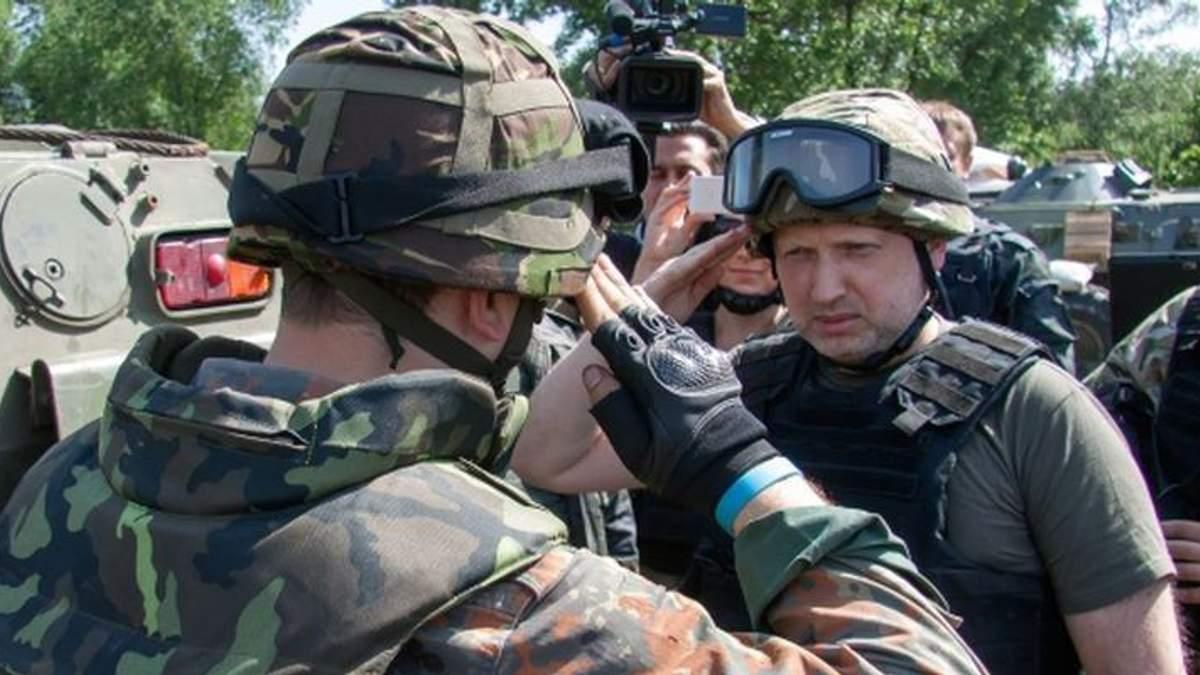 Турчинов розповів,  коли українцям чекати нову хвилю мобілізації
