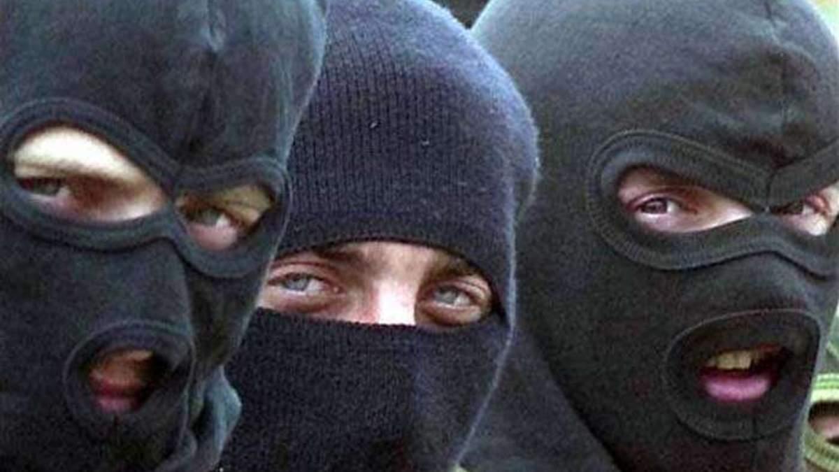 НАБУ займеться українськими рейдерами