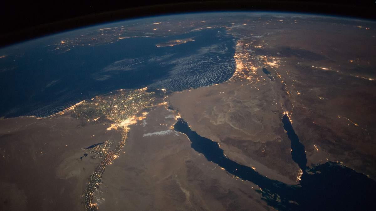 Как выглядит наша планета ночью: впечатляющие фото от NASA