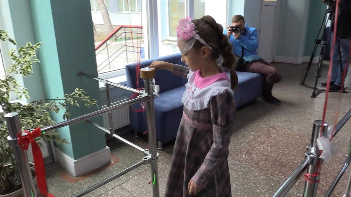 Черкаські школи хочуть обладнати системою безпеки та контролю