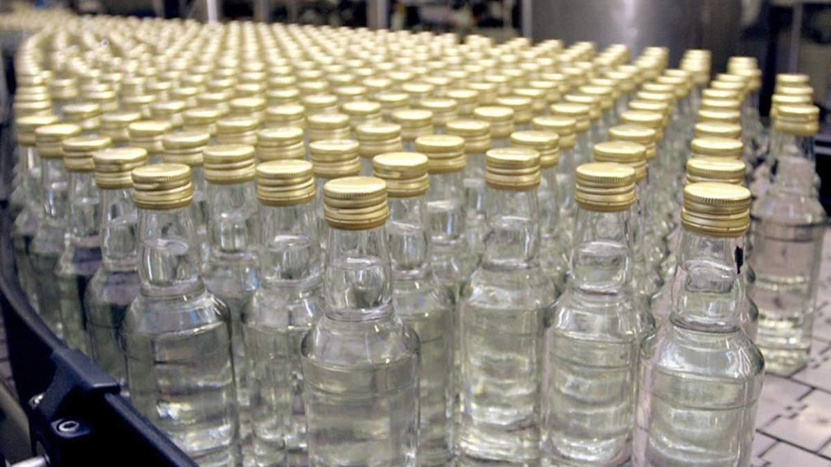 Производителей убийственного алкоголя задержали на Харьковщине