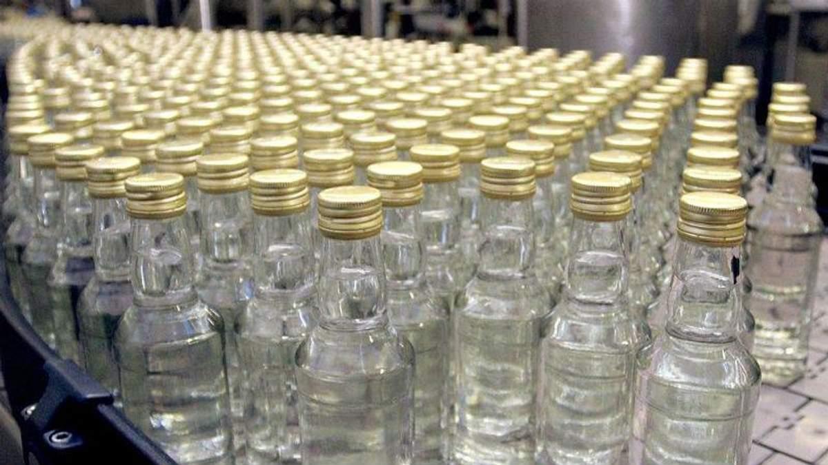 Перші жертви від отруйного алкоголю зафіксували у ще одній області