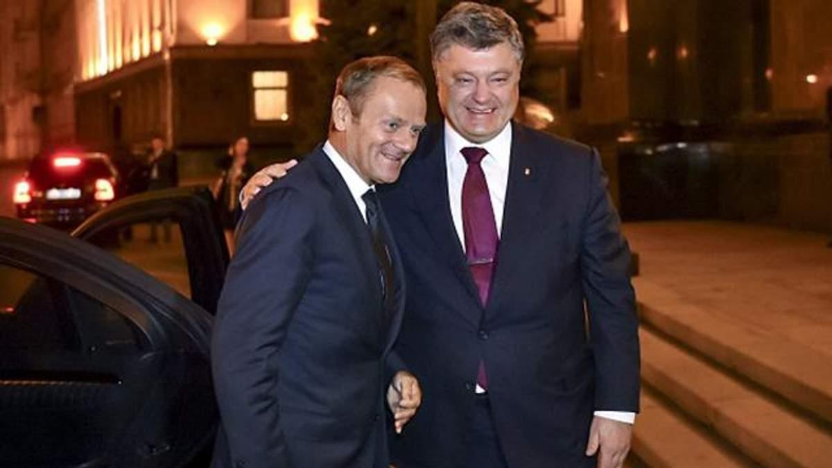 Порошенку пообіцяли прискорити безвіз для українців