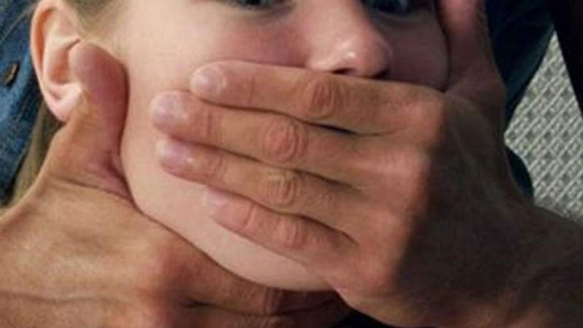 Викрадення дівчини у Львові. Поліція затримала п'яного чоловіка на Lexus