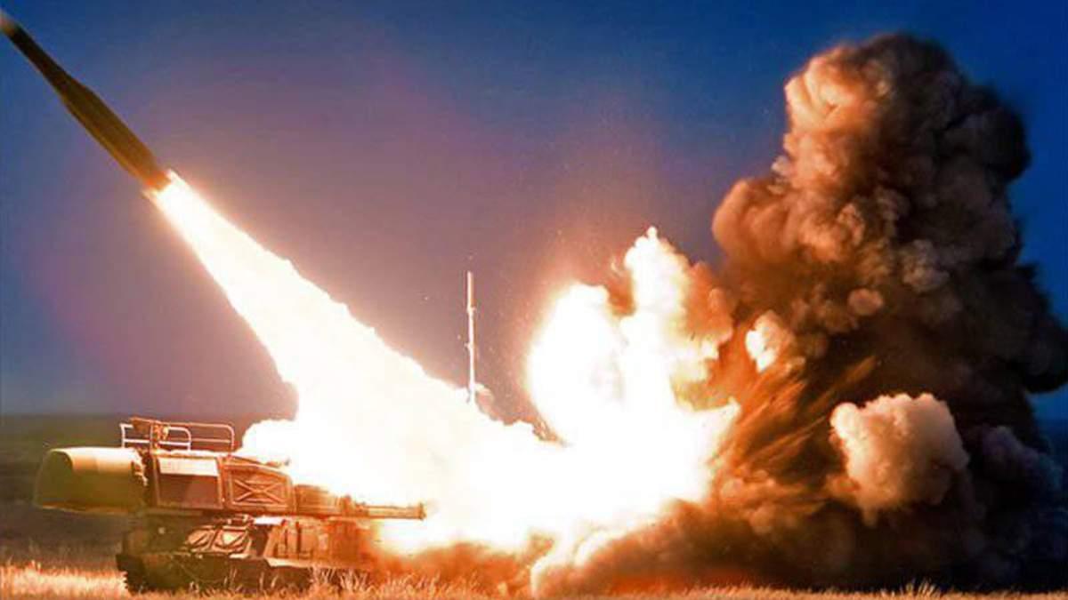 Біля окупованого Криму Україна розпочала ракетні стрільби
