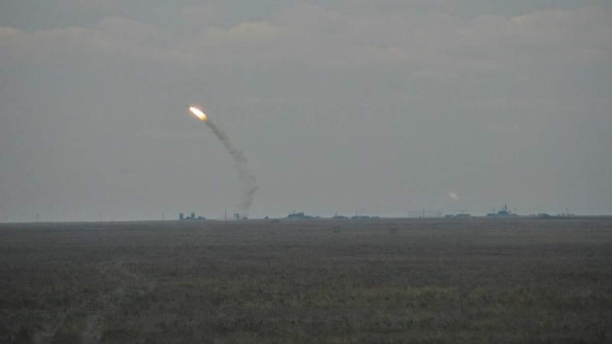 Військові навчання біля Криму опинились під загрозою