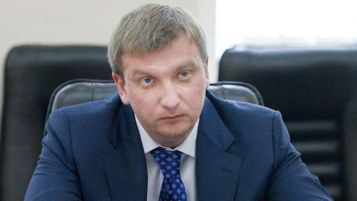 """Павло Петренко розраховує на """"гроші Януковича"""""""