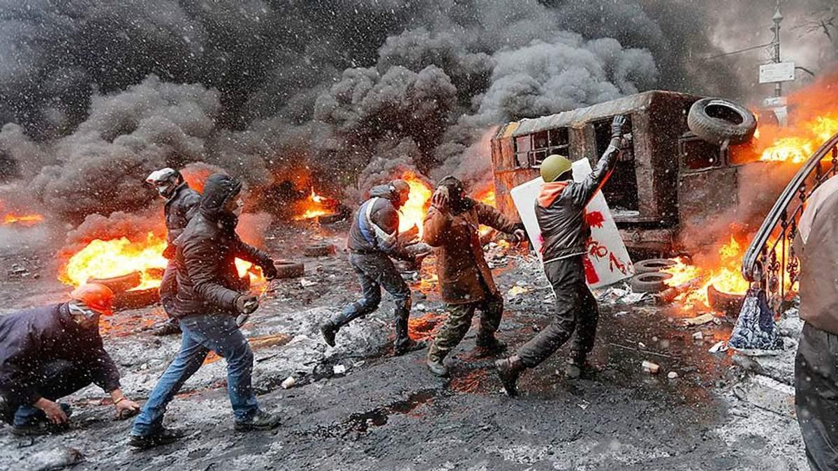 """ГПУ підозрює """"Правий сектор"""" у вбивствах силовиків під час Євромайдану"""