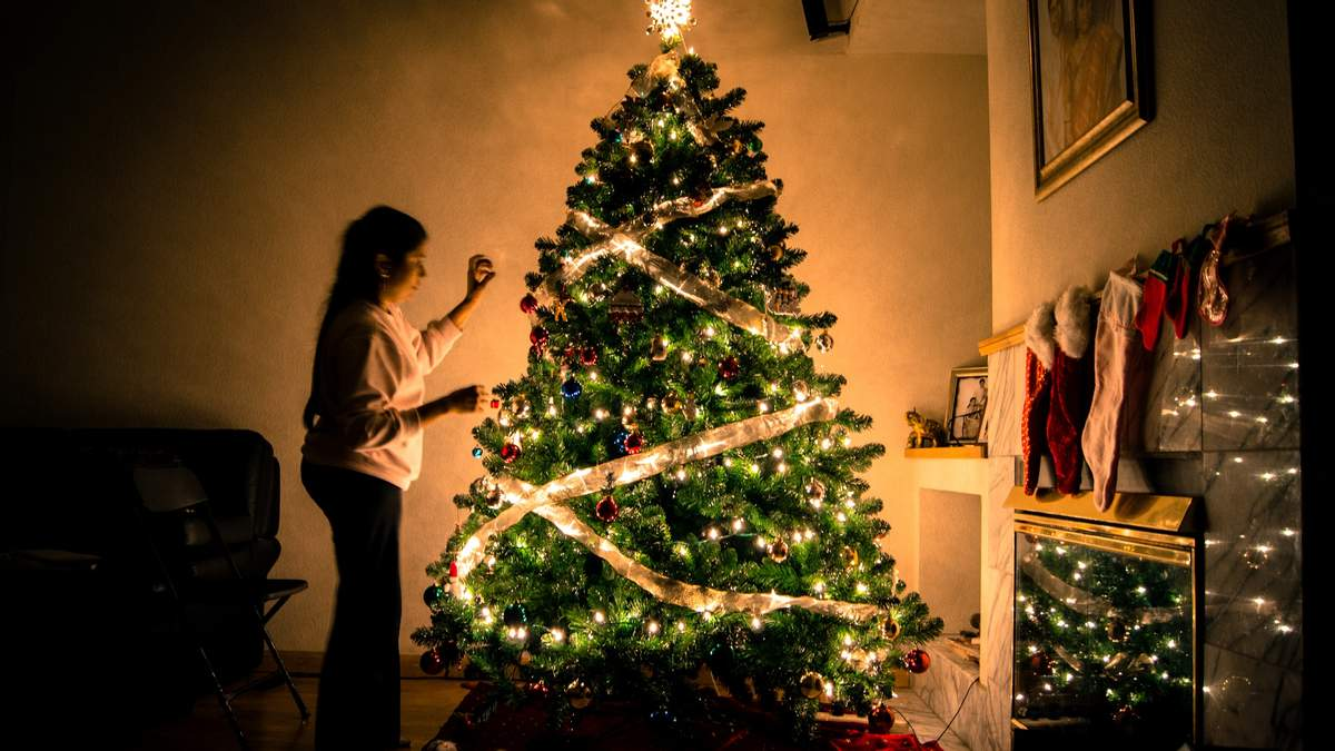 Как украсить елку в 2020 году на Новый год - оригинальные идеи