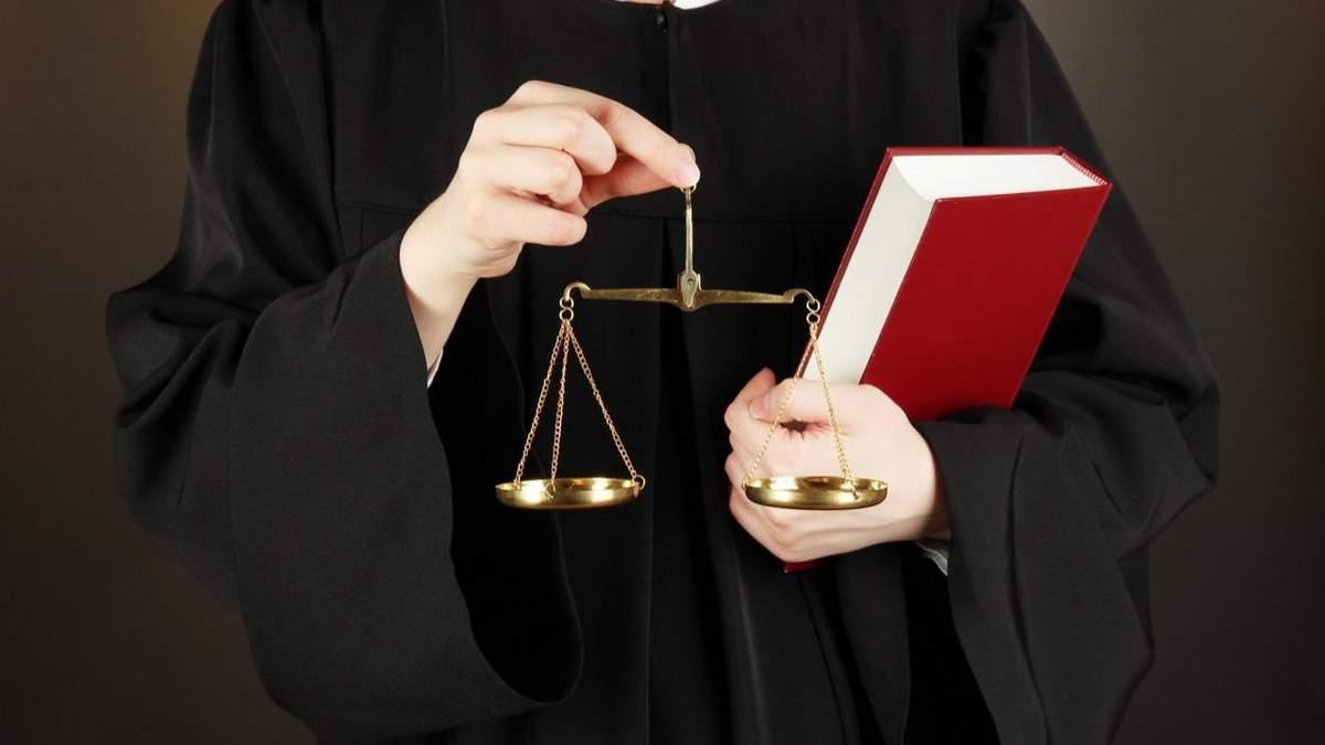 Російський суд ухвалив чергове абсурдне рішення