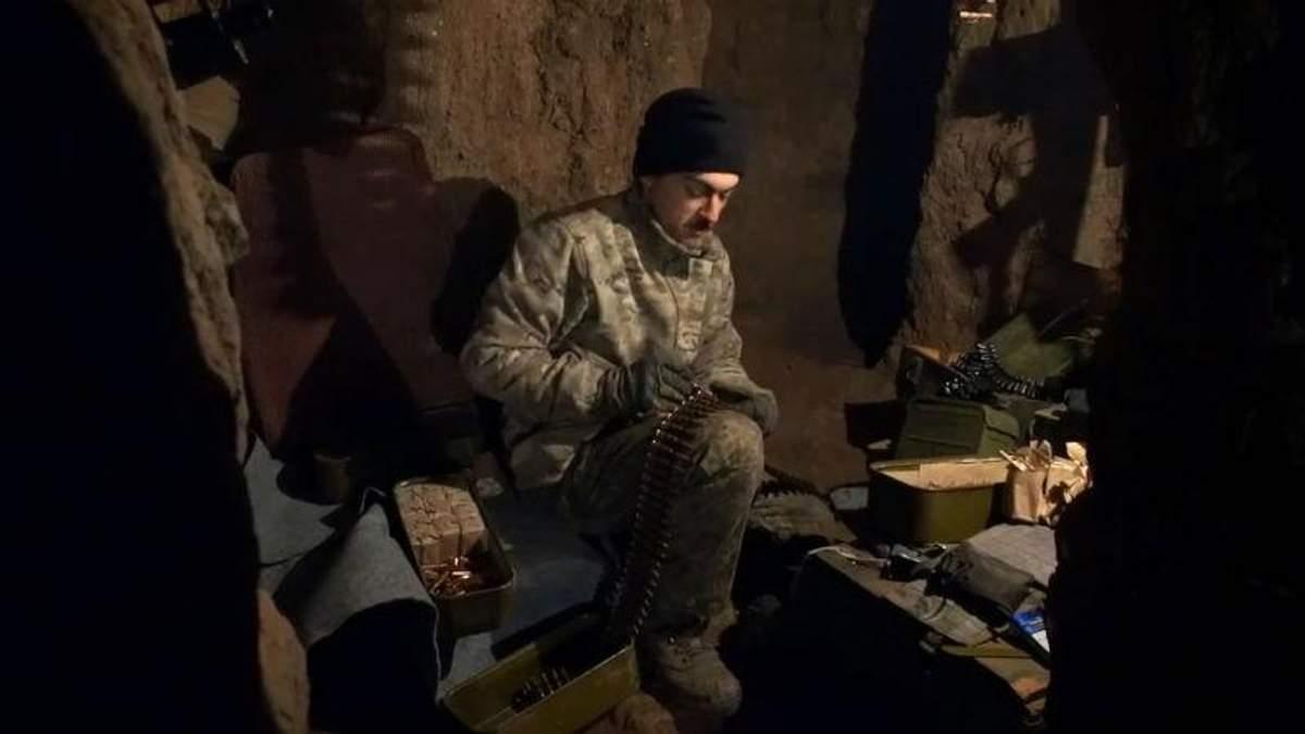 Українські військові на передовій записали зворушливе привітання з Новим роком