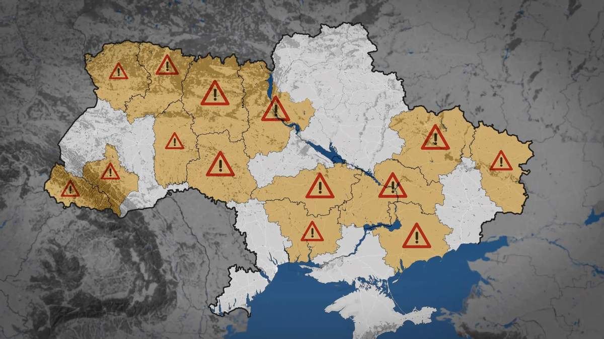 На украинских автодорогах фиксируют критический уровень аварийности