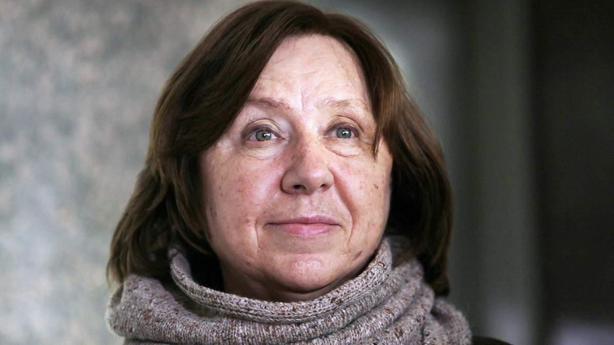 Писательница Алексиевич увидела зловещий знак в задержании Жадана