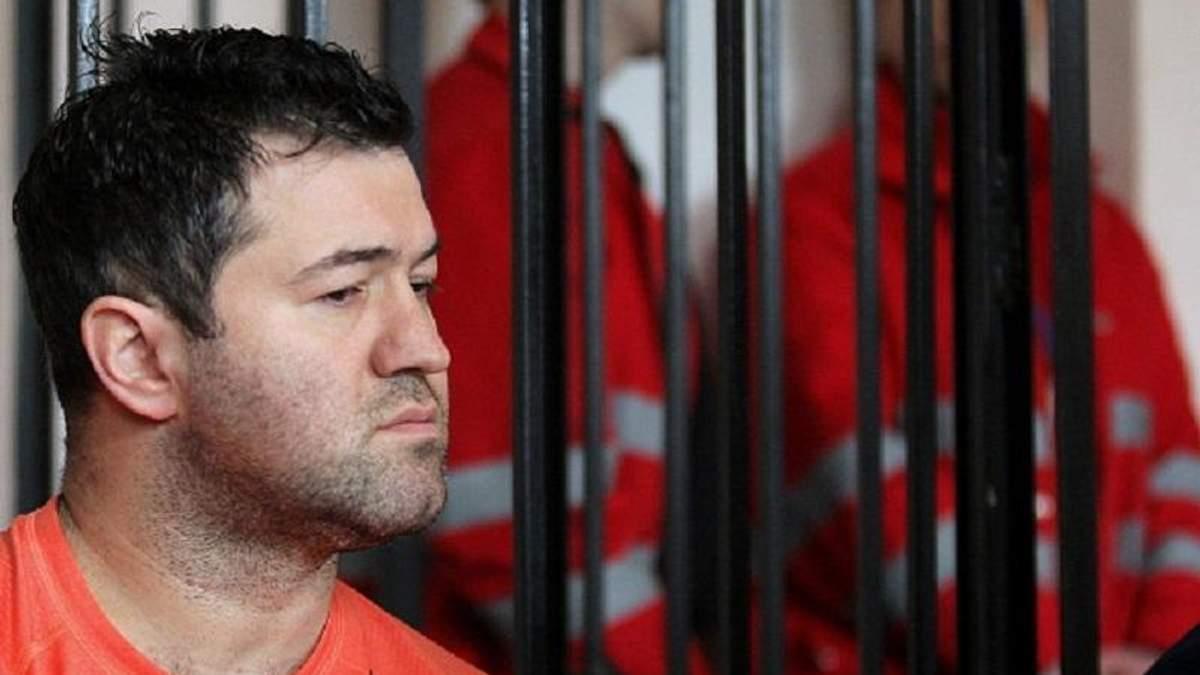Насіров заявив про здачу усіх паспортів