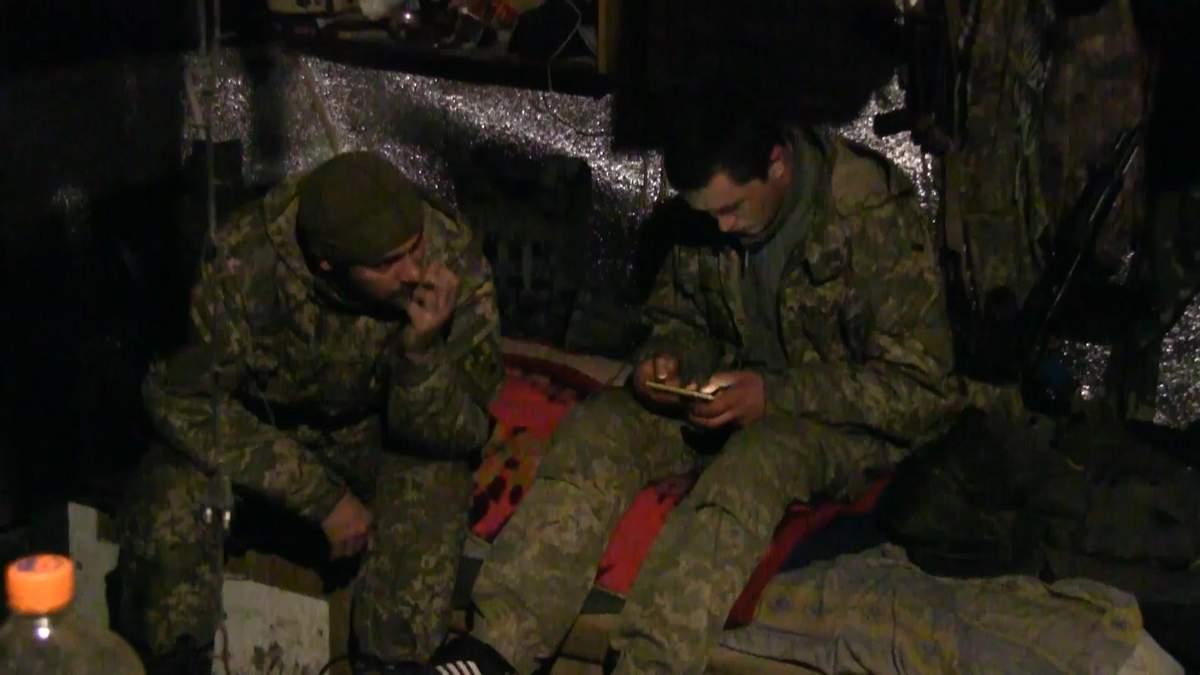 Як живеться український бійцям за 100 метрів від ворога: репортаж з передової