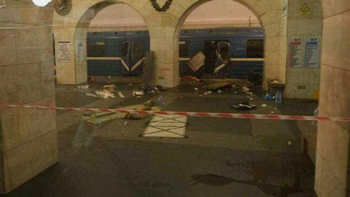Предполагаемый террорист в Петербурге попал на камеры наблюдения: обнародовали фото