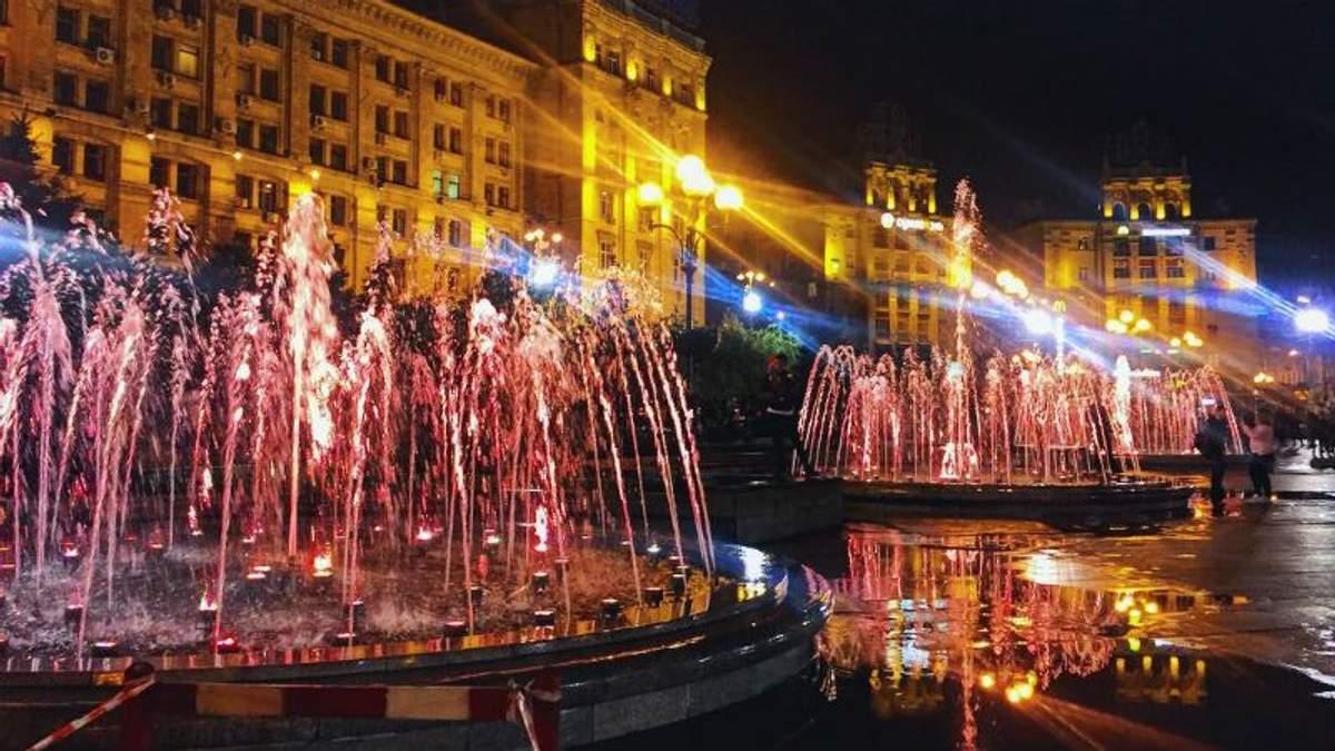 На Майдані Незалежності запрацювали фонтани: яскраві фото та відео