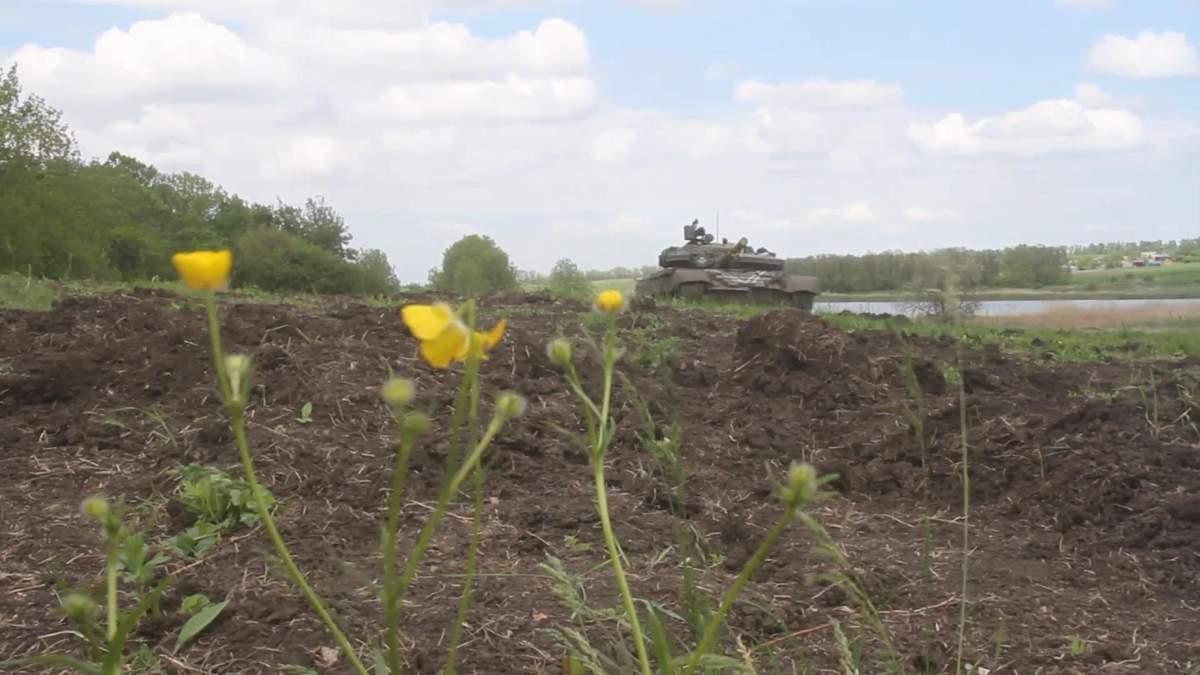 На Луганщині визначили кращі екіпажі танків та БМП