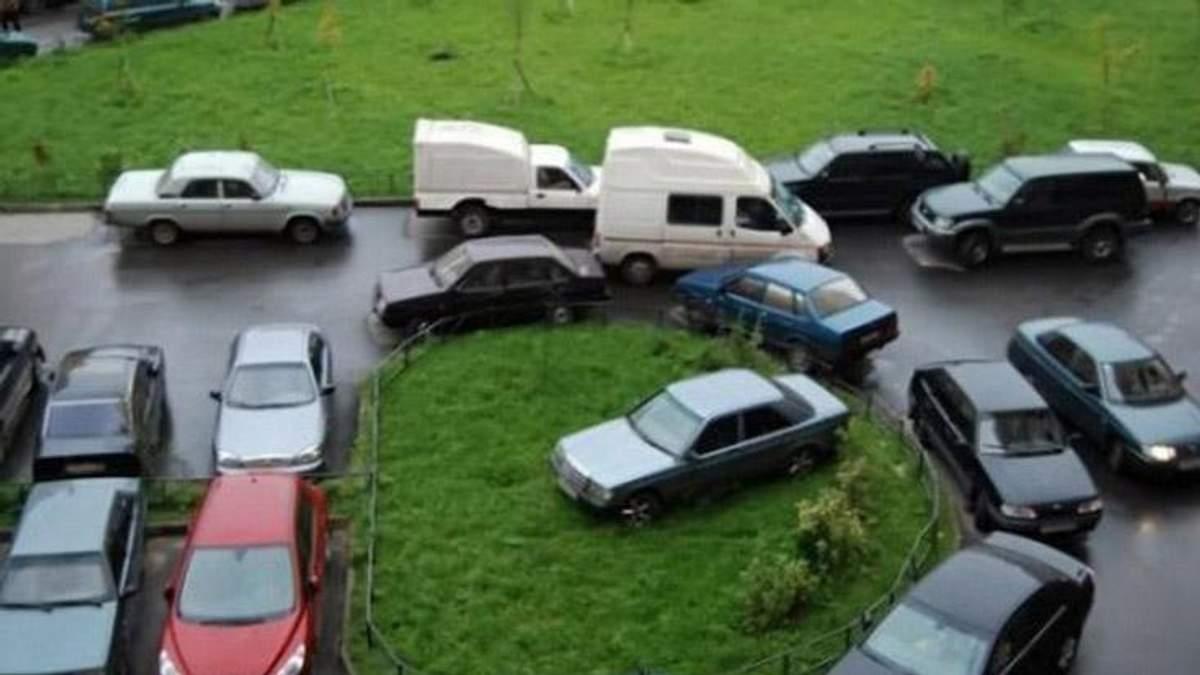 Водіям загрожують великі штрафи за неправильне паркування