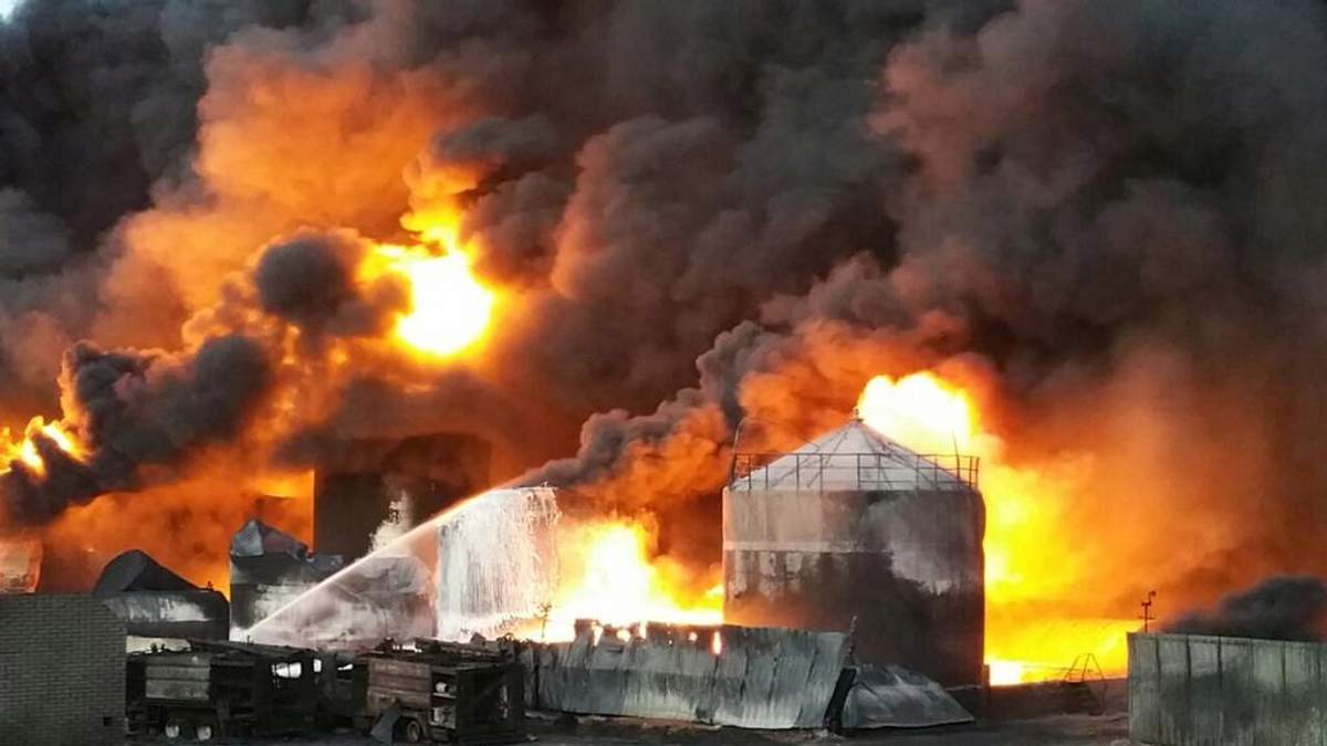 Роковини трагедії на нафтобазі у Василькові: чи покарані винуватці