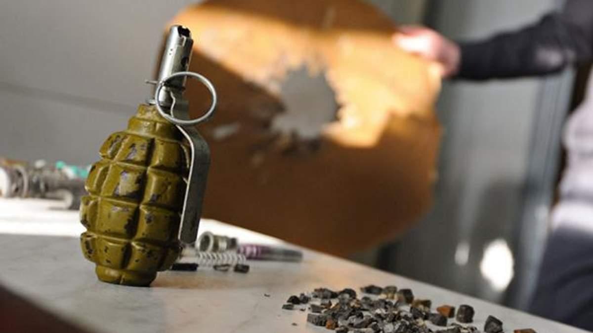 Від вибуху гранати постраждали хлопець і дівчина на Донеччині