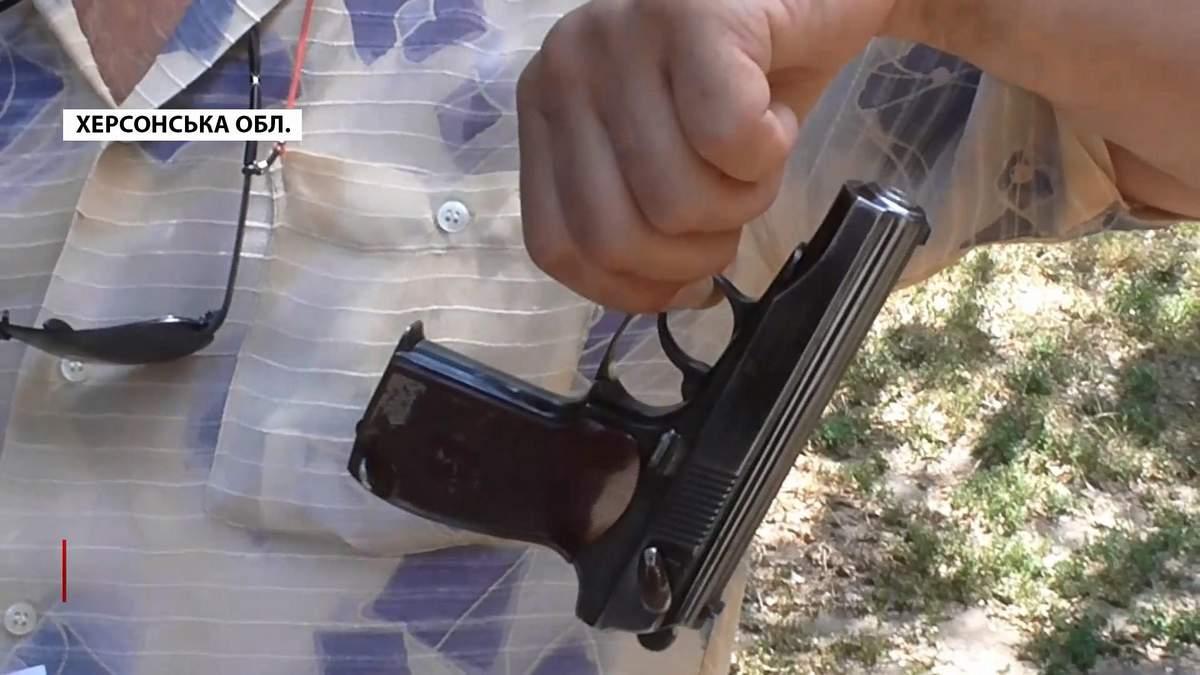 Пьяный судья устроил стрельбу в Херсонской области