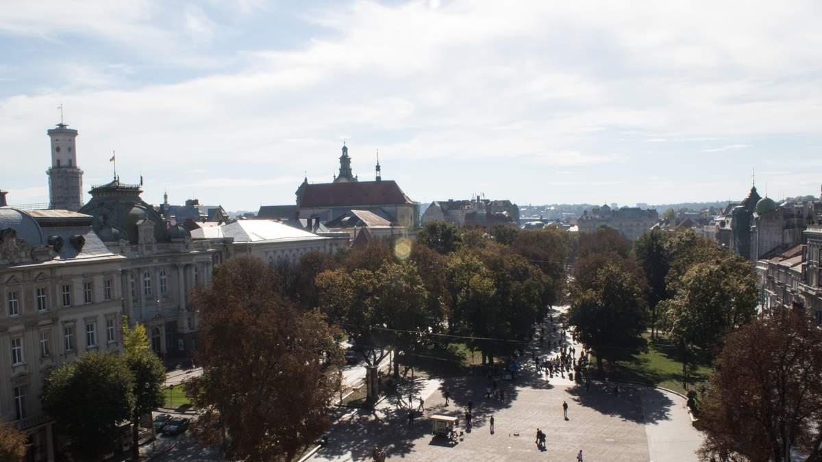 Мережу підкорює неймовірної краси ролик про Львів