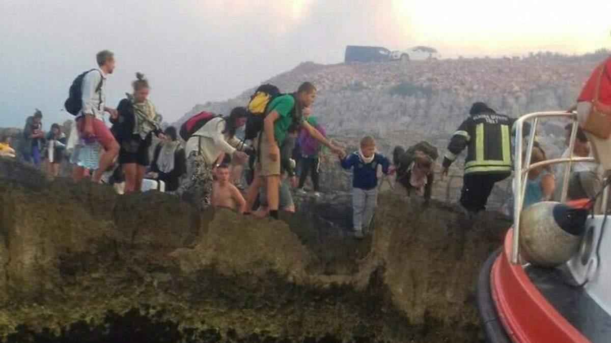 В Черногории срочно эвакуируют туристов