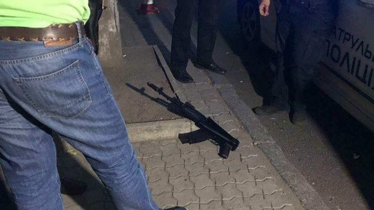 Зброя, знайдена на місці вбивства військових АТО