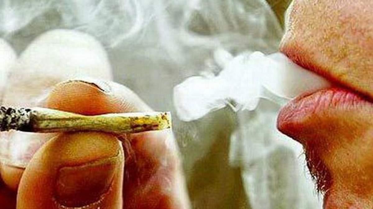 Серед бойовиків розповсюджують наркотики